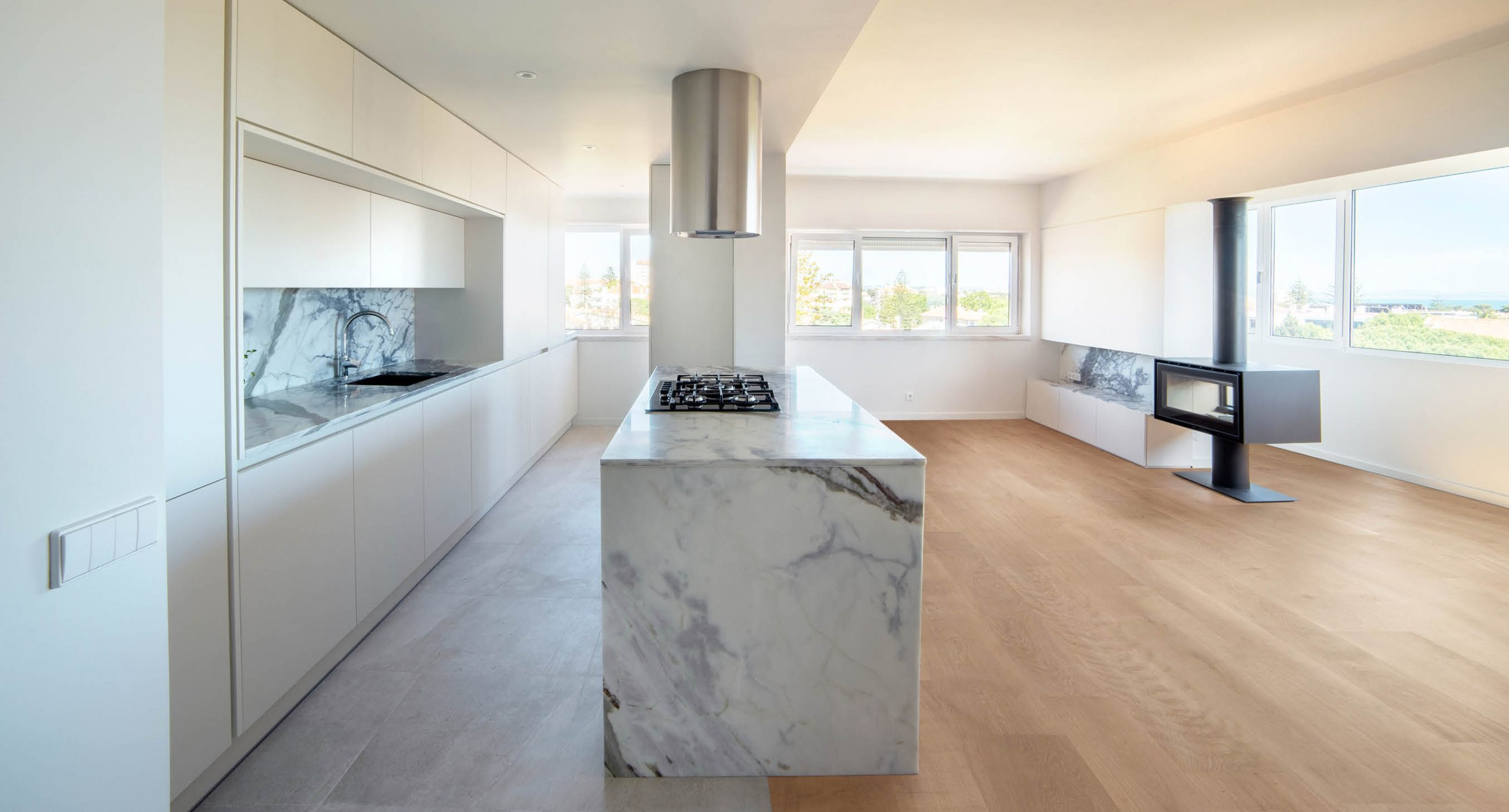 Spacegram_Parede_Apartment_Marble_Estremoz_Open_Kitchen_01