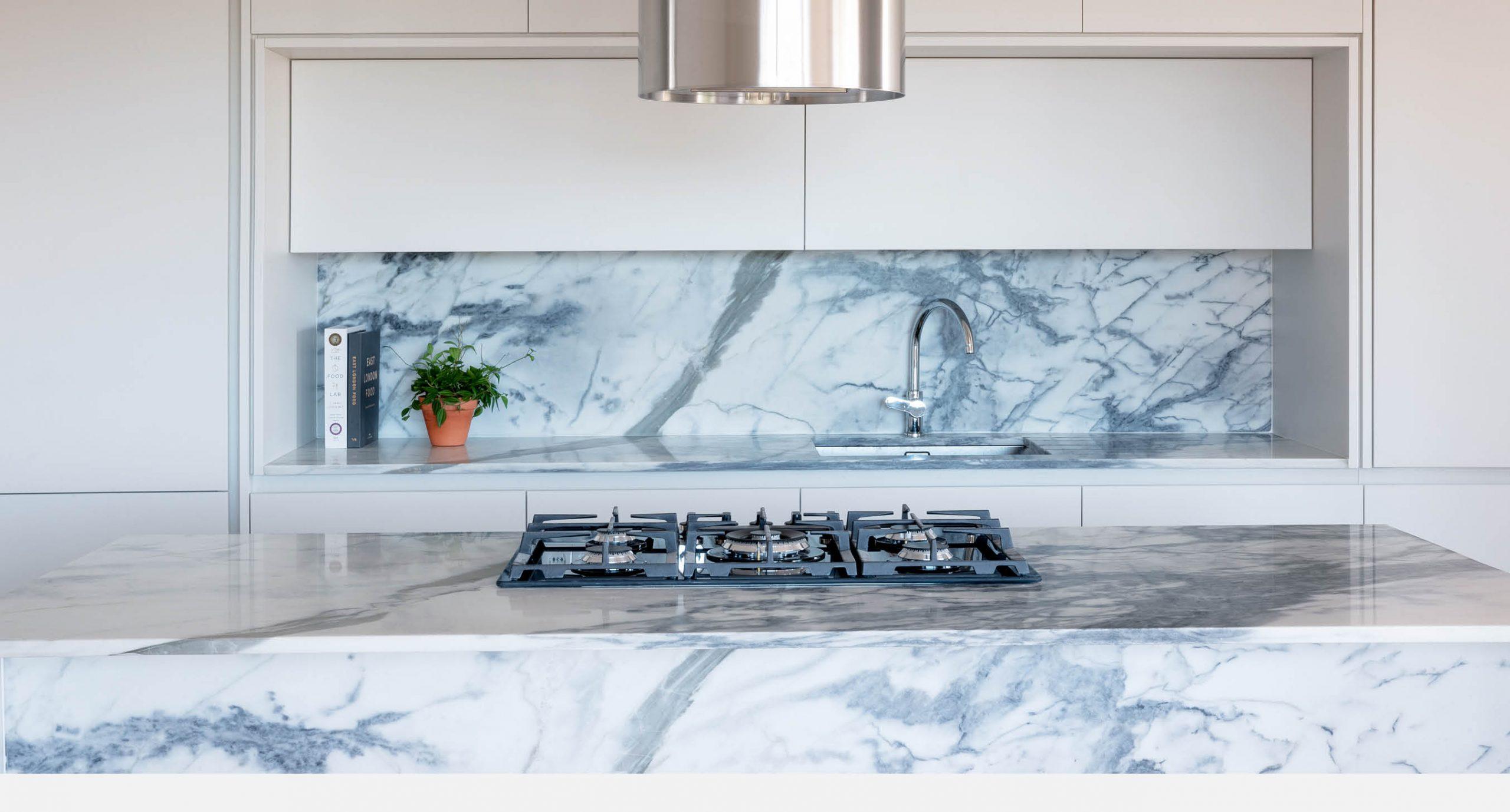 Spacegram_Parede_Apartment_Marble_Estremoz_Open_Kitchen_Detail_02